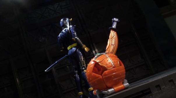Gaim-AC01-Orange-09
