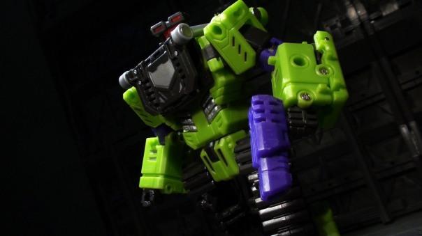 TFC-Neckbreaker-01