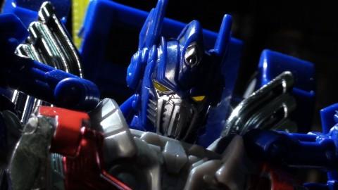aoe-leader-optimus-06