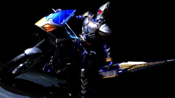 shf-bluespader-05