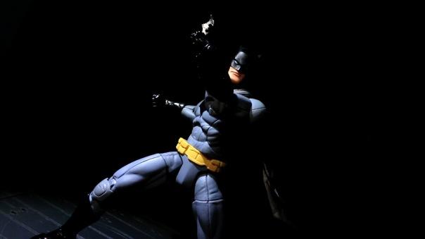 dcc-designer-capullo-batman-02
