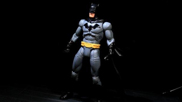 dcc-designer-capullo-batman-03