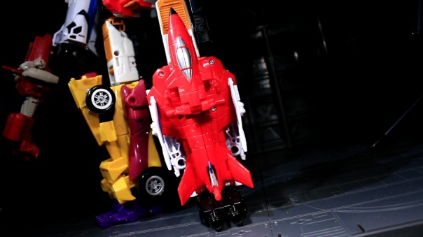 combinerwars-firefly-05