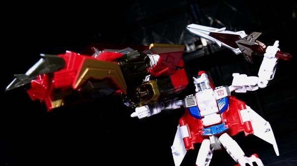 combinerwars-firefly-08
