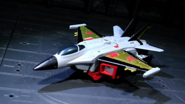 combinerwars-skydive-01