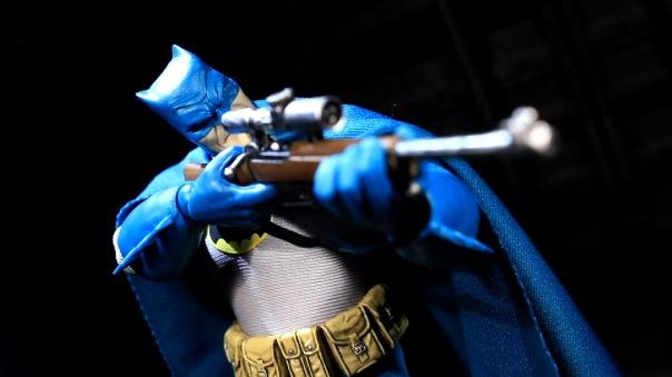 mezco-batman-07