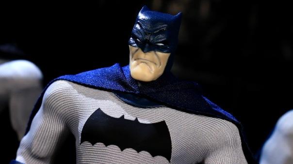 mezco-batman-09