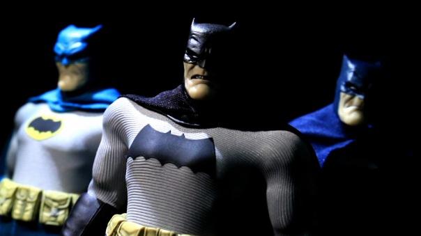 mezco-batman-19