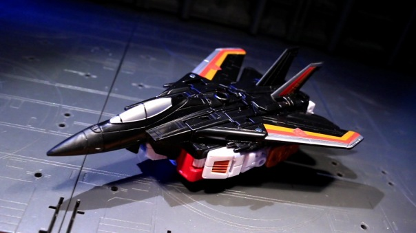 combinerwars-airraid-01