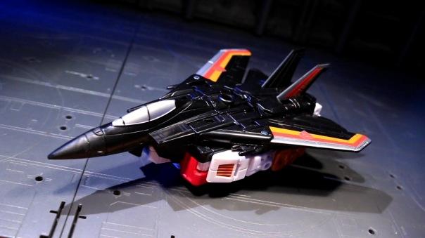 combinerwars-airraid-01