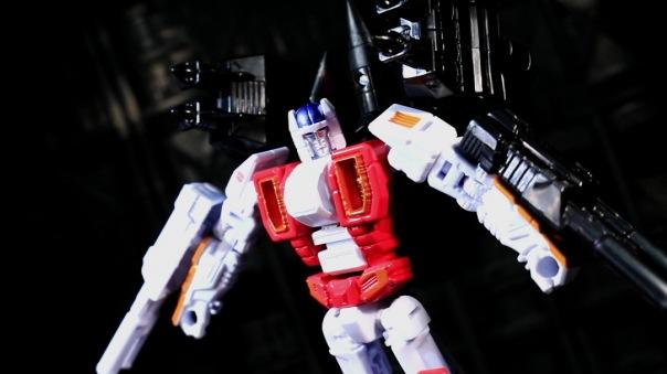combinerwars-airraid-07