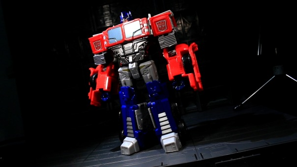 combinerwars-optimusprime-04