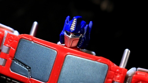 combinerwars-optimusprime-05