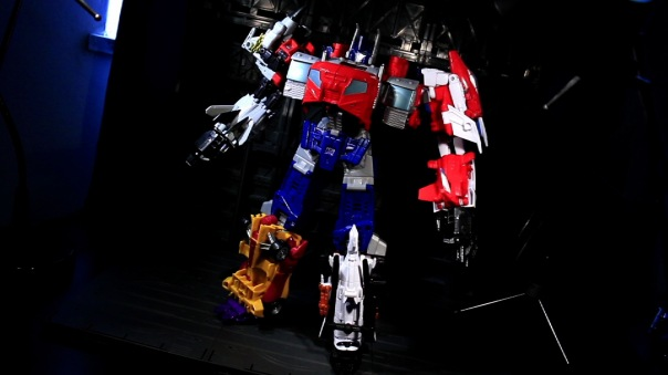 combinerwars-optimusprime-07