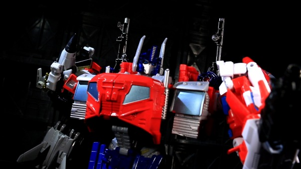 combinerwars-optimusprime-10