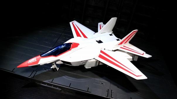 tfg-leader-jetfire-02