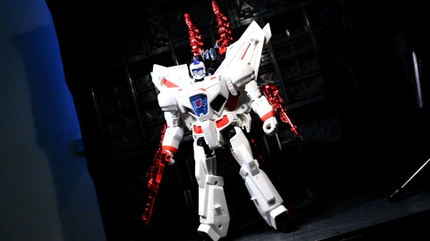 tfg-leader-jetfire-10