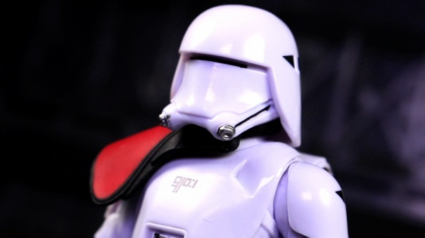 starwars-blackseries6in-FOsnowtroopOfficer-04