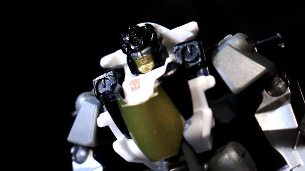 combinerwars-groove-05