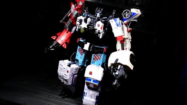 combinerwars-groove-06