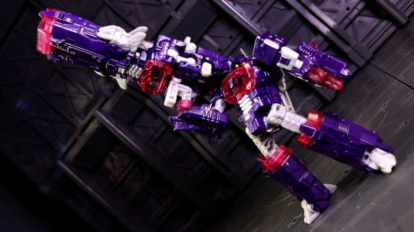combinerwars-shockwave-08