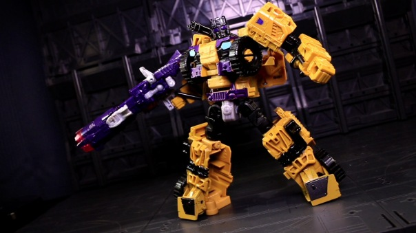 combinerwars-shockwave-11