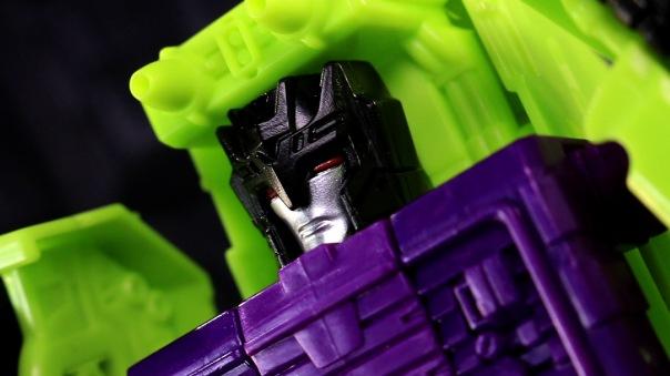 combinerwars-devastator-04