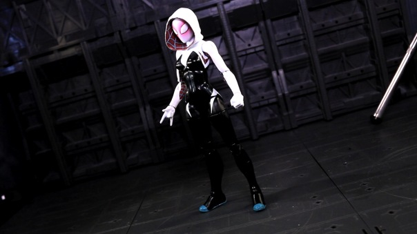 ml-infinite-spidergwen-02