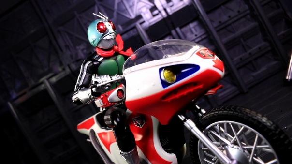 shf-rider1-newcyclone-07