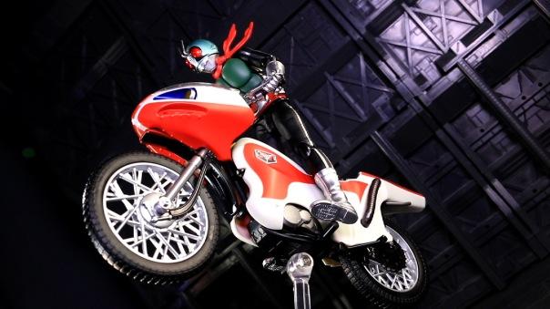 shf-rider1-newcyclone-08