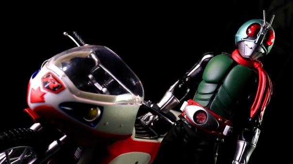 shf-rider1-newcyclone-09