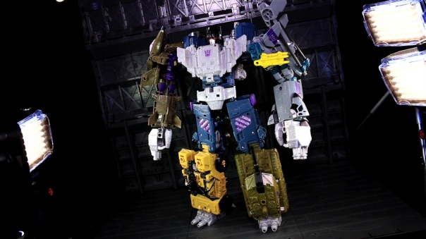 combinerwars-onslaught-08
