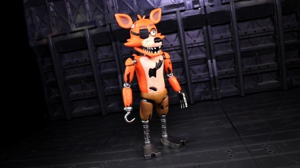 funko-fnaf-foxy-02