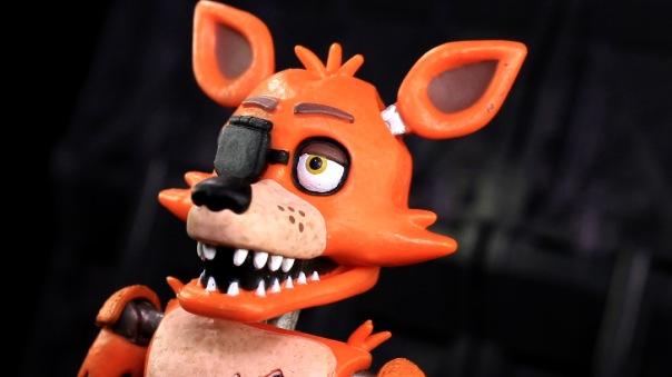 funko-fnaf-foxy-04