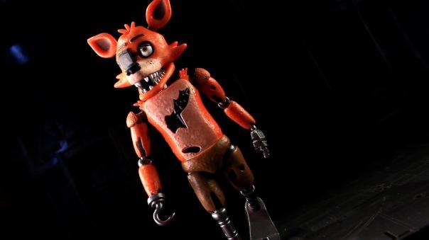 funko-fnaf-foxy-13