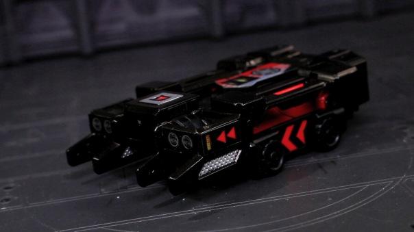 titansreturn-laserbeak-04