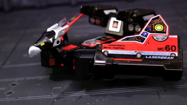 titansreturn-laserbeak-05