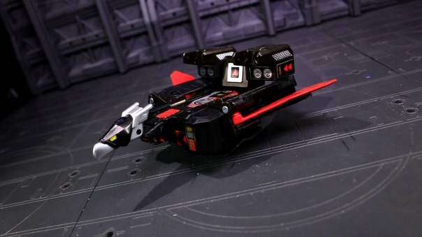titansreturn-laserbeak-07