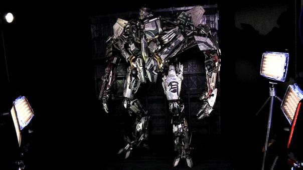 threea-dotm-starscream-02