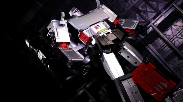 dx9-d09-mightron-04