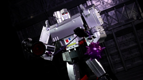 dx9-d09-mightron-06