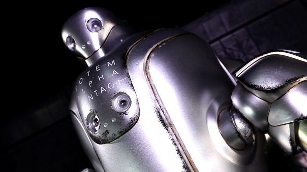 3a-thugsuit-alphacontact-04
