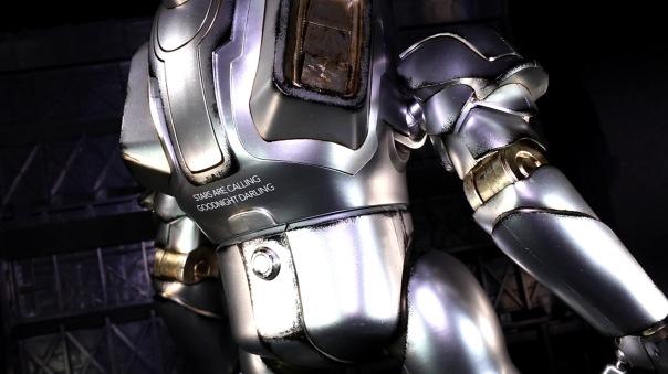 3a-thugsuit-alphacontact-05